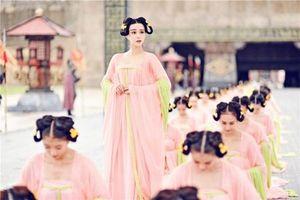 Vượt qua 8 ải, đánh bại 4999 mỹ nữ để trở thành hoàng hậu nhà Minh