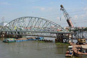 Tháng 8, tàu sẽ chạy trên cầu đường sắt Bình Lợi mới