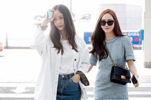Jessica và Krystal sang chảnh tại sân bay, thẳng tiến sang Mỹ quay chương trình thực tế sau 5 năm vắng bóng