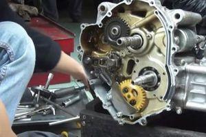 Lật tẩy những chiêu trò lừa đảo nhằm vào nữ giới của thợ sửa xe máy không có tâm