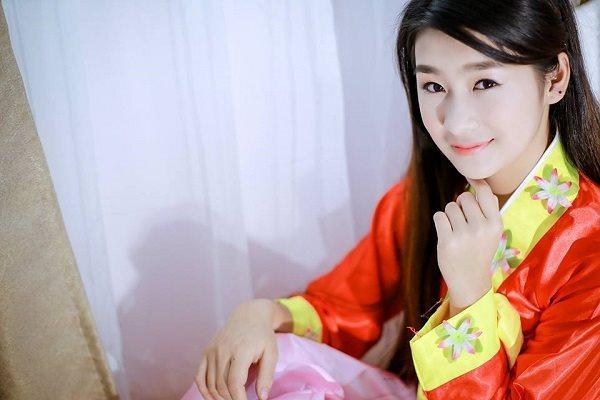 Cận cảnh nhan sắc trong veo của nữ sinh 10x Lào Cai gây đốn tim cộng đồng mạng