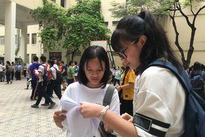 Thí sinh 'thở phào' với đề thi Lịch Sử vào lớp 10 công lập ở Hà Nội