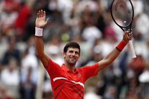 Bất bại, Djokovic lập kỷ lục tại Roland Garros