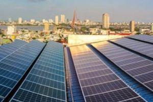 Bán điện mặt trời trên mái nhà, khách hàng được EVNCPC thanh toán hơn 900 triệu đồng
