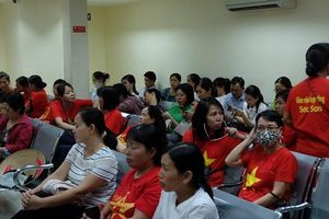 Hà Nội: Hàng trăm giáo viên hợp đồng tiếp tục kêu cứu