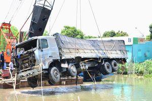 Tài xế xe tải gây sập cầu ở Đồng Tháp ra trình diện sau 4 ngày