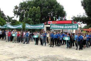 TP Pleiku (Gia Lai): 350 người tham gia thu gom rác thải, bảo vệ môi trường
