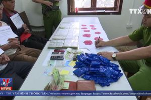 Sơn La bắt vụ vận chuyển 20 bánh heroin, 12.000 viên ma túy