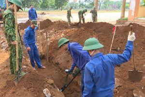 Tìm thấy thêm 2 hài cốt liệt sĩ trong khuôn viên trường học ở Quảng Trị