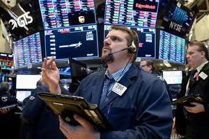 Cổ phiếu công nghệ kéo tụt chứng khoán Mỹ, Nasdaq rơi vào điều chỉnh