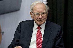 Doanh nhân tiền ảo Trung Quốc chi kỷ lục để được ăn trưa với Warren Buffett