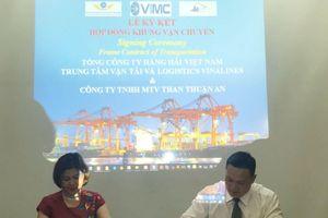 Vinalines vận chuyển hàng trăm nghìn tấn than cho doanh nghiệp Việt