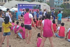 Bãi biển Sầm Sơn (Thanh Hóa): Muốn chơi lại phải... 'nôn' tiền?!