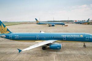 Đại biểu Lưu Bình Nhưỡng tranh luận với Bộ trưởng Nguyễn Văn Thể việc 'lôi kéo nhân lực hàng không'