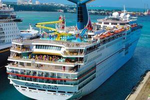 Công ty du thuyền nhận án phạt 20 triệu USD vì xả thải ra biển