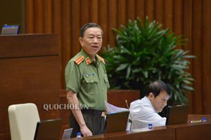Bộ trưởng Tô Lâm không phải trả lời câu hỏi: Vì sao có nhiều tướng lĩnh công an bị kỷ luật?