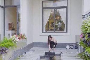 Hé lộ những bí mật bên trong biệt thự hiện đại 20 tỷ đồng của Hương Tràm
