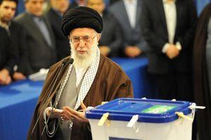 Khẳng định tiếp tục phát triển tên lửa, Đại giáo chủ Iran nói sẽ không bị Mỹ đánh lừa