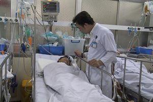 Nạn nhân bị hổ cắn đứt tay ở Bình Dương được chuyển lên Bệnh viện Chợ Rẫy