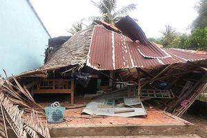 An Giang: Giông lốc làm sập, tốc mái hàng trăm căn nhà