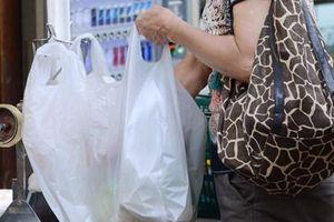 Các công ty của Nhật Bản nỗ lực giảm thiểu rác thải nhựa