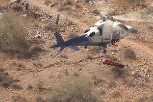 Thót tim cảnh cứu hộ để nạn nhân xoay như chong chóng dưới trực thăng