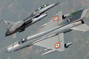 Ấn Độ chỉ trích gay gắt 'tên lửa kém cỏi' R-77 Nga, quyết thay bằng I-Derby ER Israel