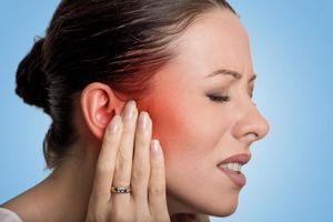 Dấu hiệu bất thường ở tai cảnh báo bệnh nguy hiểm