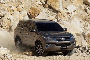 Toyota Fortuner trở lại lắp ráp trong nước, tăng giá bán