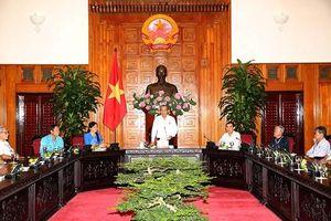 Phó Thủ tướng Thường trực tiếp đoàn người có công tỉnh Vĩnh Long