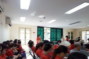 Gần 300 giáo viên kỳ cựu ở Sóc Sơn nguy cơ mất việc: Hà Nội vẫn 'nợ' câu trả lời