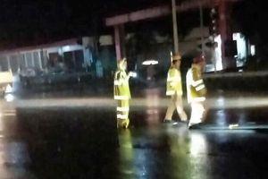 Mất đèn tín hiệu giao thông, liên tục xảy ra tai nạn, 3 người bị thương