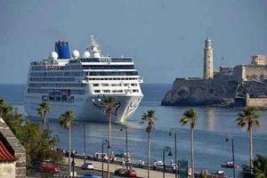 Nhiều hãng tàu biển Mỹ buộc phải hủy tour tới Cuba