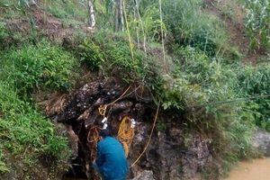Lào Cai: Huy động 120 người, nỗ lực giải cứu nạn nhân mắc kẹt ở Si Ma Cai