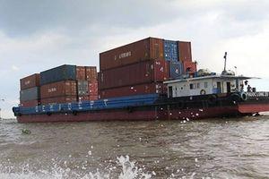 Doanh nghiệp 'than' khổ vì thủ tục xin giấy phép vận tải thủy qua biên giới