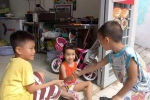 Cha mẹ 'dọa ma' con, coi chừng bị pháp luật sờ gáy