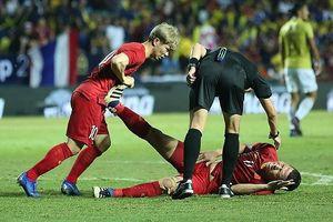 Anh Đức lên tiếng về lý do nằm sân sau khi ghi bàn hạ Thái Lan