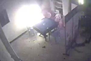 Pin xe đạp điện nổ khi đang sạc trong nhà tại Trung Quốc