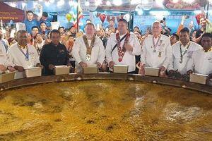 Bánh xèo khổng lồ xuất hiện tại Lễ hội ẩm thực quốc tế Đà Nẵng