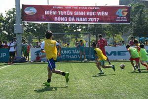 Trung tâm Thể thao Viettel tuyển sinh học viên bóng đá nam