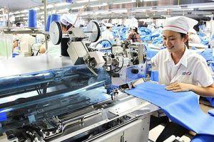 Gần 1,7 triệu tỷ đồng rót vào nền kinh tế trong 5 tháng