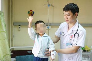 Hội chứng Guillain – barre khiến trẻ bị liệt tay chân nguy hiểm thế nào?