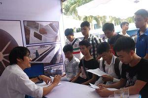 Hơn 700 cơ hội cho sinh viên Nghệ An trong ngày hội việc làm