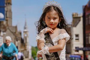 Hoa hậu nhí Elsa Thiên Long tham gia chuỗi từ thiện nhân ái