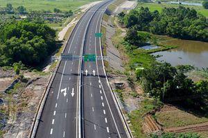 Thủ tướng: Nghiên cứu ý kiến để doanh nghiệp trong nước xây cao tốc Bắc – Nam