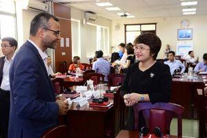 Chia sẻ kinh nghiệm thành công của Việt Nam và Anh trong giáo dục đại học