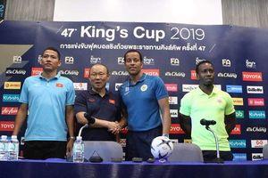 HLV Park Hang-seo ra 'đòn hiểm' trước trận chung kết King's Cup 2019