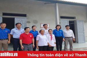 K hánh thành nhà K hăn quàng đỏ cho học sinh nghèo huyện Triệu Sơn
