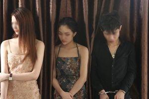 Bắt nhóm 'kiều nữ' sử dụng ma túy trong khách sạn, thu nhiều vũ khí