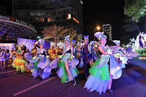 Du khách 'quẩy hết mình' với Lễ hội Carnival đường phố DIFF 2019